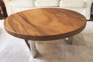 круглые столы из массива