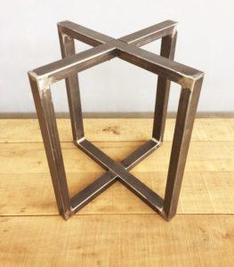 Стальные подстолья для круглых столов