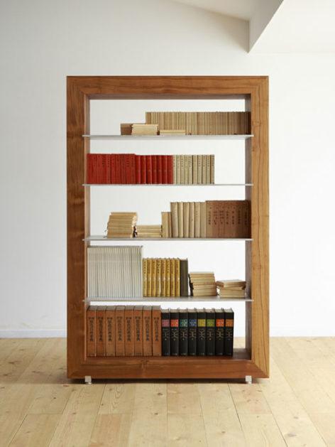 деревянный стеллаж для книг