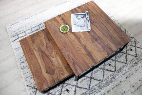красивый кофейный стол