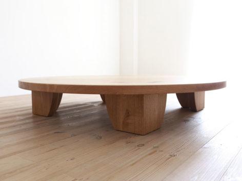 низкий кофейный стол