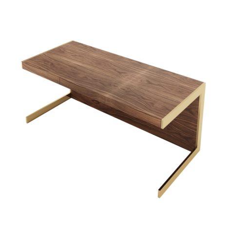 письменный стол для работы