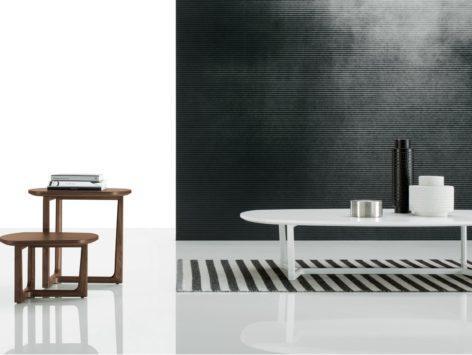 белый кофейный стол