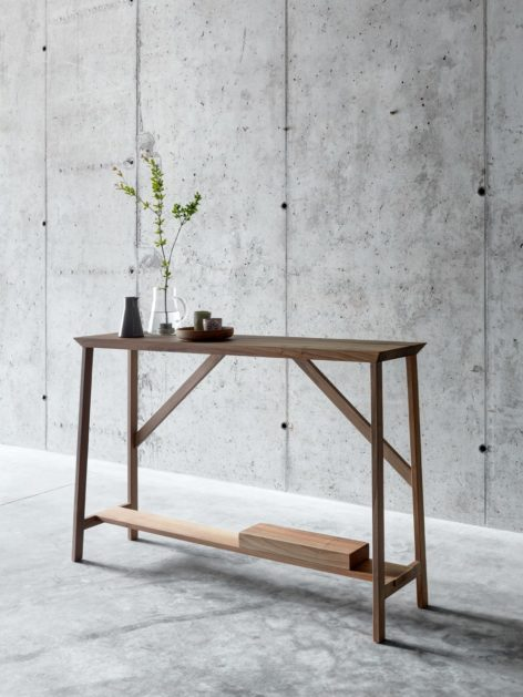 деревянный стол консоль