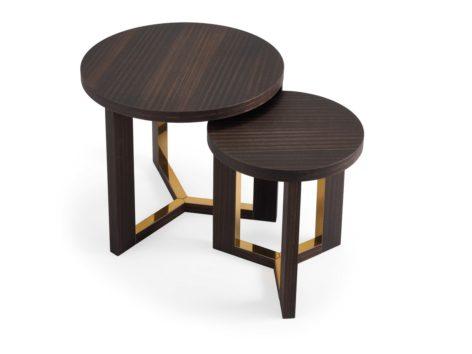 кофейный стол из дерева и латуни