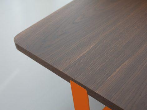 кофейный стол темный