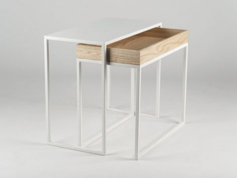 кофейный столик светлый и белый