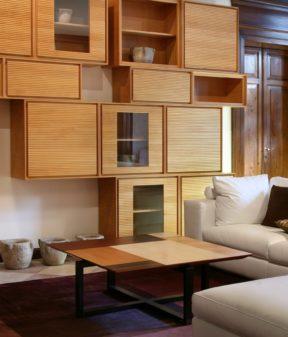 кофейный стол из ореха ясеня и дуба
