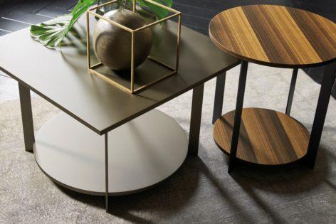 красивый кофейный столик
