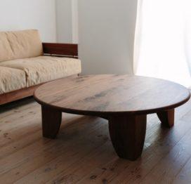 круглый кофейный стол