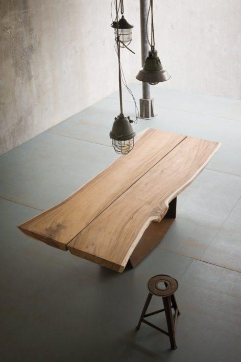 обеденный стол из слэбов