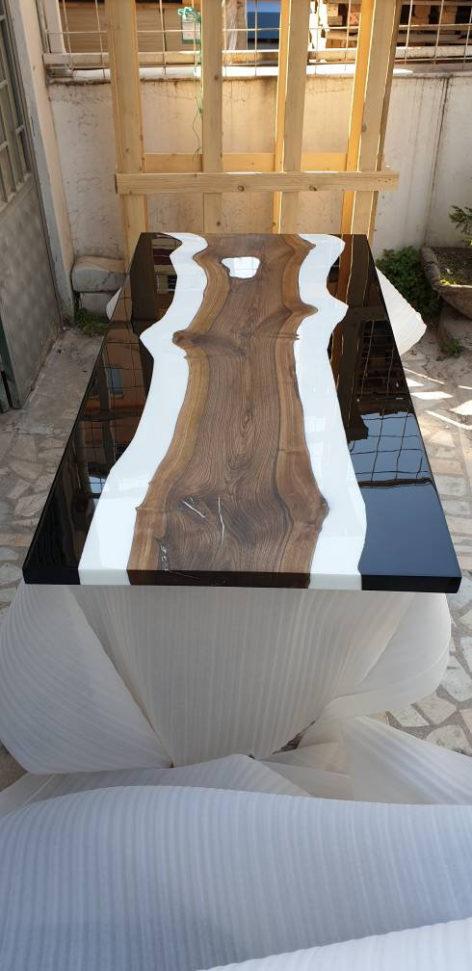 дизайнерский стол из слеба