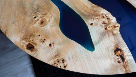 круглый дорогой стол из слэба