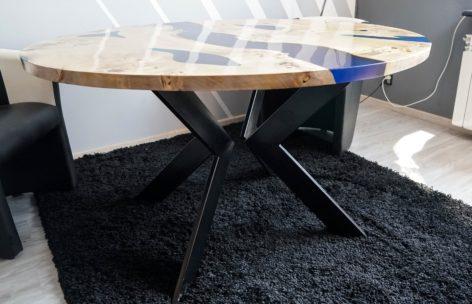 стильный стол в стиле лофт