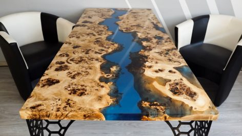 стол из эпоксидной смолы и слэбов