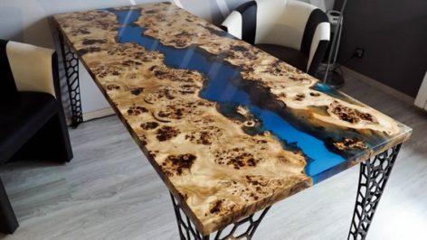 стол из слэба и смолы
